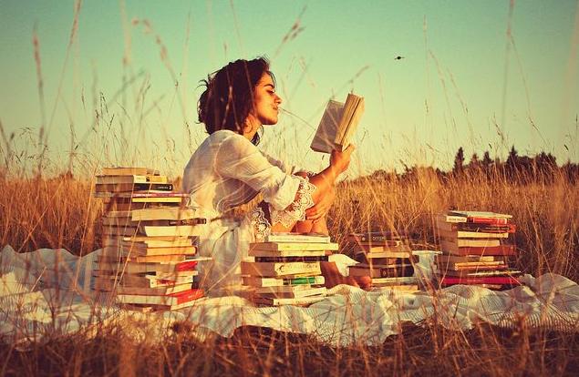 Кто читает больше: женщины или мужчины?